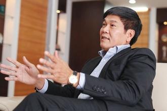"""Tỷ phú Trần Đình Long đón tin vui từ miền Nam, HPG """"vững"""" trên 28.000 đồng"""