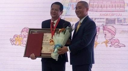 Ca mổ tách hai bé Song Nhi nhận Kỷ lục Việt Nam