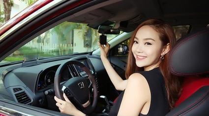 Ô tô cũ 700 - 800 triệu ở thị trường Việt: Mua sedan hay 7 chỗ?