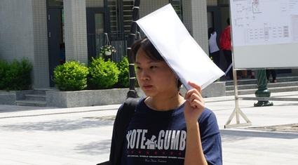 Gợi ý đáp án môn Tiếng Anh thi vào lớp 10 tại Hà Nội