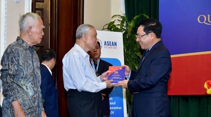 Gia nhập ASEAN là quyết sách đúng đắn của Việt Nam