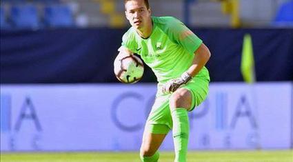 Ai đã khiến thủ môn 1 triệu euro Filip Nguyễn không thể khoác áo CLB Thanh Hóa?