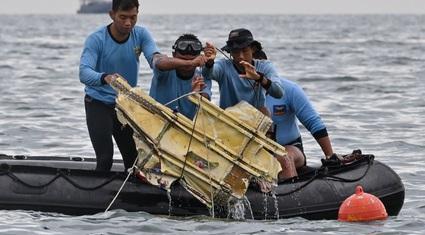 Rơi máy bay Indonesia: Cục Hàng không Việt Nam lên tiếng