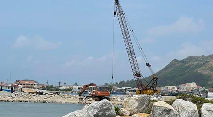 Quảng Ngãi: Dự án vũng neo đậu tàu thuyền qua 6 đời Chủ tịch vẫn chưa xong