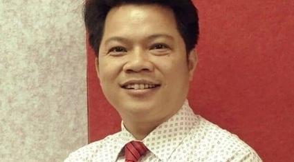 """Thầy giáo ở Hà Tĩnh giải đề ôn tập giống 80% đề thi THPT: """"Mong các con đừng làm thầy phiền lòng"""""""
