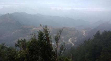 Băng tuyết đã tan trên đỉnh Mẫu Sơn sau kỳ nghỉ lễ