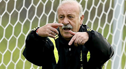 Bất chấp thành tích tệ hại, Del Bosque vẫn tiếp tục dẫn dắt đội tuyển Tây Ban Nha