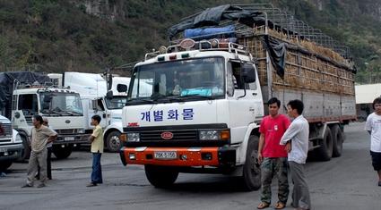 Xuất khẩu nông sản Việt Nam sang Trung Quốc: Kim ngạch giảm, nợ tăng