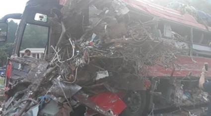 Thông tin 'sốc' sau vụ tại nạn xe khách thảm khốc ở Hòa Bình