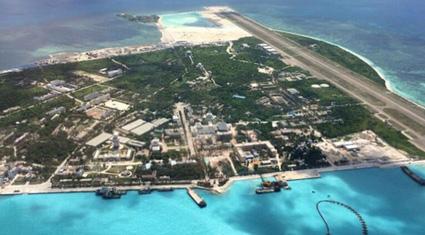 Trung Quốc xây dựng trái phép đường băng quân sự ở Phú Lâm: Bước đệm nguy hiểm