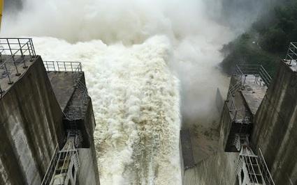 Thủy điện nhỏ, ẩn họa lớn: Có những dự án thủy điện nhỏ rất phản cảm