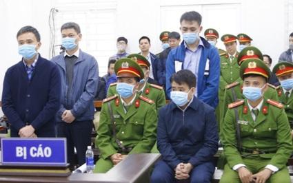 Chủ tọa phiên xử cựu Chủ tịch Hà Nội: Ông Chung luôn nhắc đến từ day dứt, hối hận, giọng như lạc đi