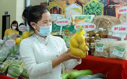 """Vụ đông ở Bắc Giang: Trồng khoai tây Sao Thần Nông củ to bự, nông dân có """"lương"""" 5,5 triệu đồng/tháng"""