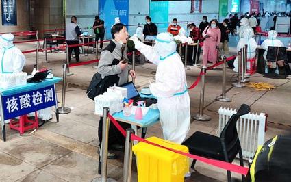 Cặp vợ chồng 'vi vu' nhiều nơi làm bùng phát hàng loạt ổ dịch Covid-19 mới ở Trung Quốc