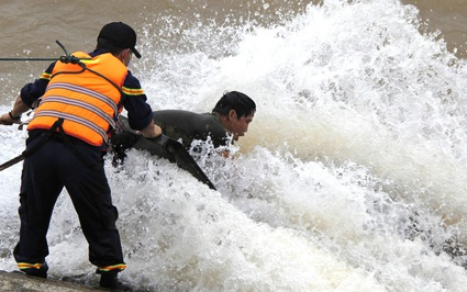 Đoàn cán bộ Sở GTVT tỉnh Quảng Trị gặp nạn trên sông: Công an tỉnh vào cuộc
