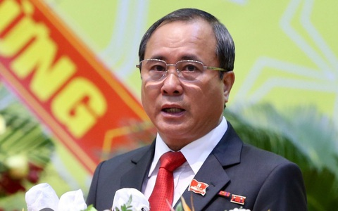 Bí thư Tỉnh ủy Bình Dương Trần Văn Nam không đủ tiêu chuẩn đại biểu Quốc hội