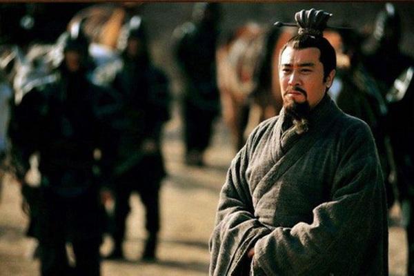 """Lưu Bị sở hữu đội quân tinh nhuệ nào khiến kẻ địch """"sợ vỡ mật""""?"""