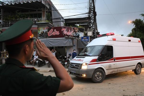 Chủ tịch huyện Phong Điền mất khi đi cứu hộ ở Tiểu khu 67, có được phong liệt sỹ?