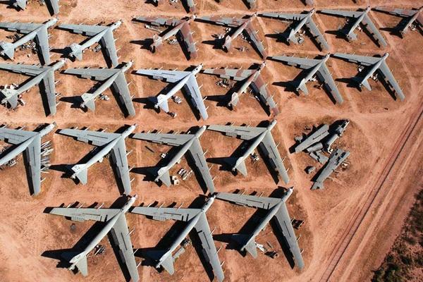 """B-52 ồ ạt trở về từ """"cõi chết"""", chuyện gì đang xảy ra?"""