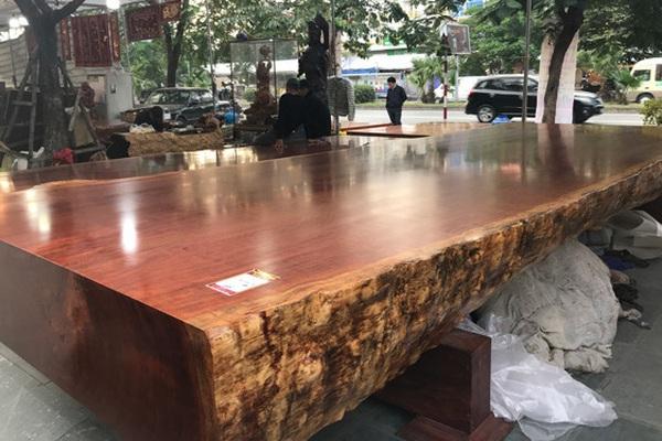 Từ các thảm họa lũ lụt ở miền Trung, lãnh đạo Cục Kiểm lâm nói gì về thói quen sử dụng gỗ rừng tự nhiên?
