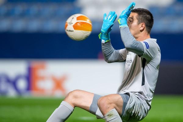 Thủ môn gốc Việt nói gì về chiến thắng để đời tại Europa League?
