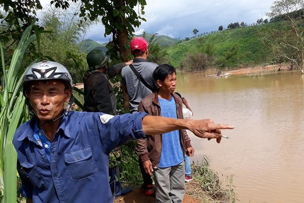 """Thủy điện tích nước vô lối ở tỉnh Kon Tum: """"Tuýt mấy hồi còi"""" rồi mà vẫn ngang nhiên tích nước, không ngán ai"""