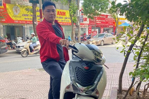 """Người dùng ưa chuộng, Honda SH 2019 đội giá cao ngất vẫn """"cháy hàng"""""""