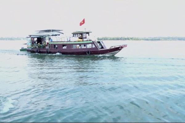 Đây là lý do tỉnh Đồng Nai phải thả gần chục tấn cá xuống hồ Trị An mỗi năm