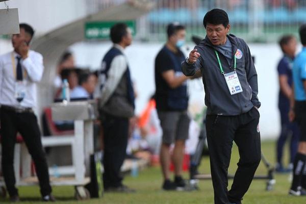 """Học trò bị tố """"vô đạo đức"""", HLV Sài Gòn FC bênh chằm chặp"""
