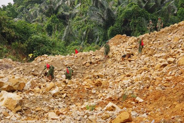 Chưa tìm thấy thêm nạn nhân mất tích tại Rào Trăng 3, lực lượng tìm kiếm rút trước khi bão số 9 đổ bộ