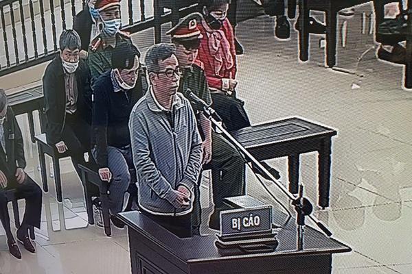 Đại án BIDV: Bị cáo đừng xúc phạm sự thông minh của HĐXX!