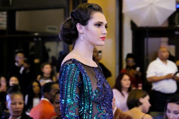 Ngắm nhan sắc của nữ VĐV bóng chuyền đăng quang hoa hậu Mỹ 2020