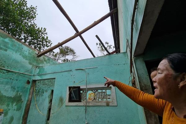 Hình ảnh bão số 9 tàn phá các tỉnh miền Trung