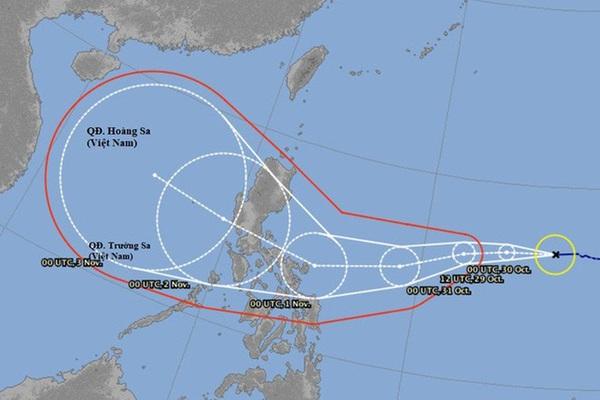 Chưa khắc phục xong hậu quả bão số 9, miền Trung chuẩn bị đối mặt với bão số 10 đi kèm mưa lớn