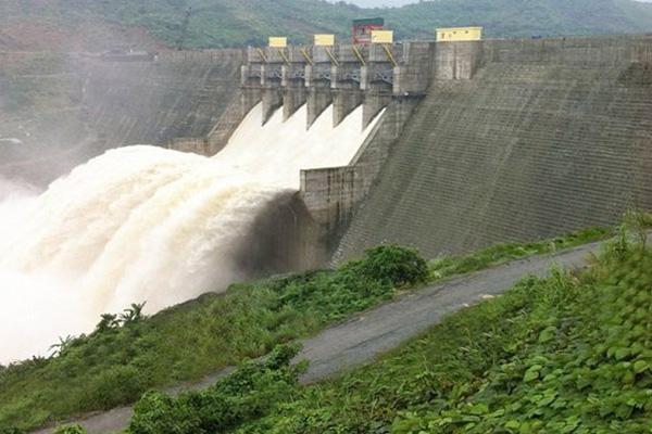 """Điểm lại các dự án thủy điện """"cóc"""" tại huyện Nam Trà My"""