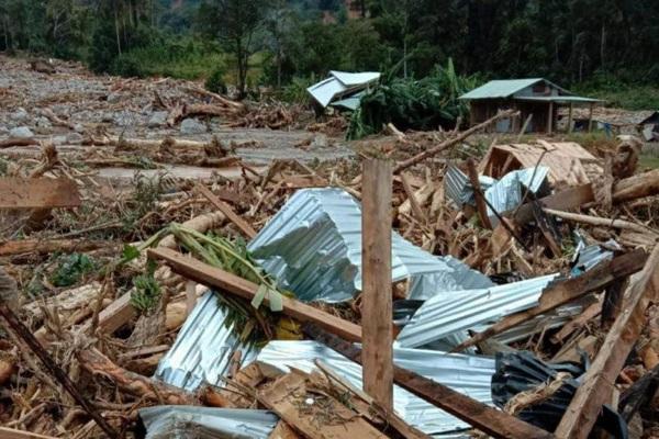 Quảng Nam: Chưa thể tiếp cận hiện trường sạt lở ở huyện Phước Sơn
