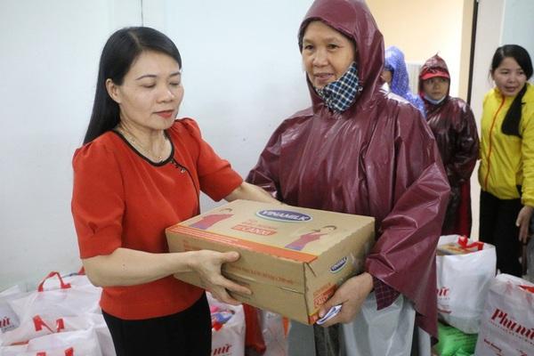 Người lao động Vinamilk góp gần 4 tỷ đồng ủng hộ nạn nhân bão lũ miền Trung