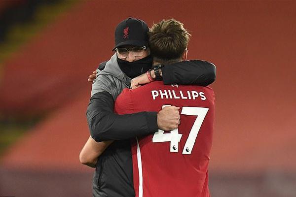 """Liverpool thắng West Ham, HLV Klopp hết lời khen """"kẻ thế vai Van Dijk"""""""
