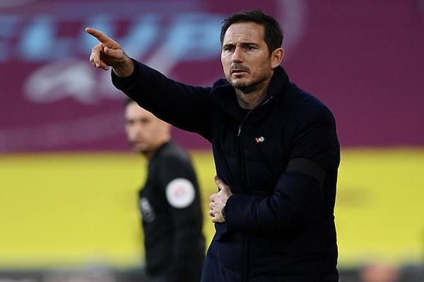 Chelsea đại thắng, vì sao HLV Lampard vẫn không vui?