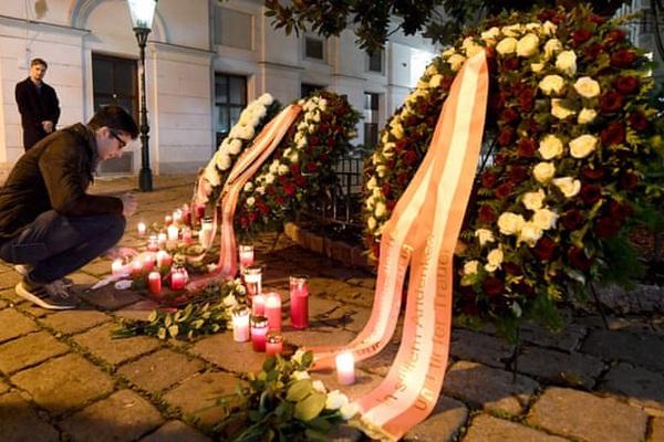 Khủng bố ở Vienna: Niềm tin giữa bất an