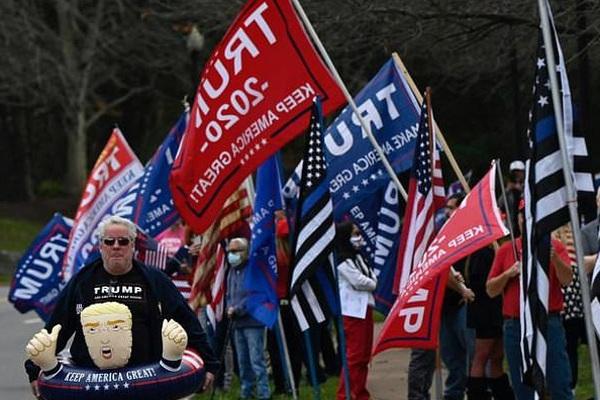 Người đàn ông kiện đòi lại 58 tỷ đồng ủng hộ Trump