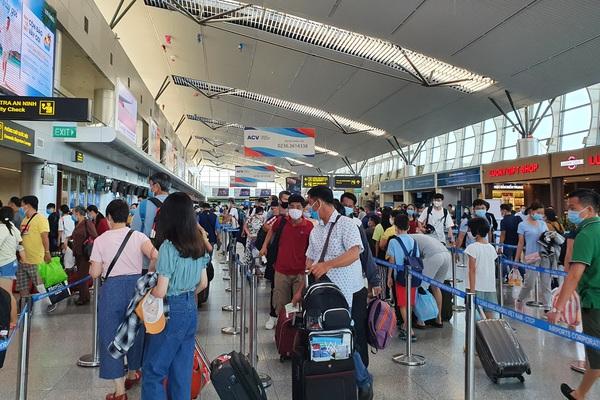 """Huế, Đà Nẵng, Quảng Nam """"tung chiêu"""" kích cầu du lịch địa phương"""