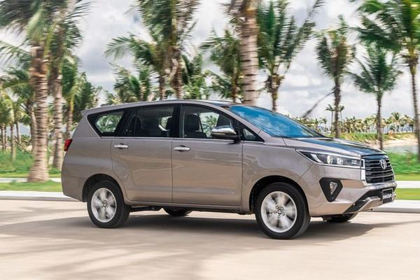 Toyota Innova 2021 giảm tiền mặt 21 triệu đồng, nâng cấp toàn diện