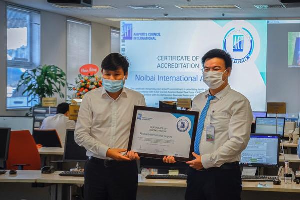 Cảng HKQT Nội Bài được ACI cấp chứng nhận Airport Health Accreditation (AHA)