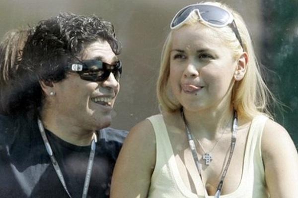 Đã có bao nhiêu người phụ nữ bước qua cuộc đời Maradona?
