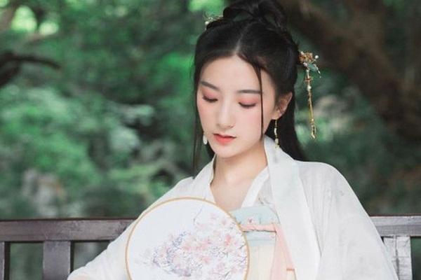 Hoàng hậu Trung Hoa có dung mạo mỹ miều nhưng thủ đoạn tàn độc