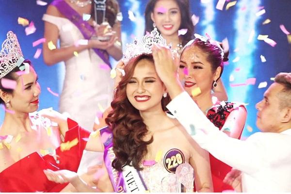 """Chung kết Miss Tourism Vietnam 2020 không có Hoa khôi, khán giả bất bình mắng """"như một trò đùa"""""""