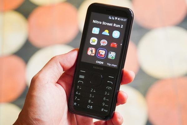 Tất tần tật về điện thoại Nokia 8000 đang gây chú ý