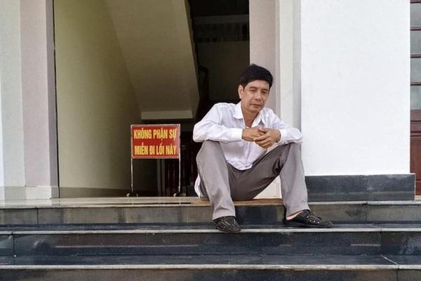 Vụ ông Lương Hữu Phước nhảy lầu tử vong ở tòa: Đình chỉ điều tra bị can