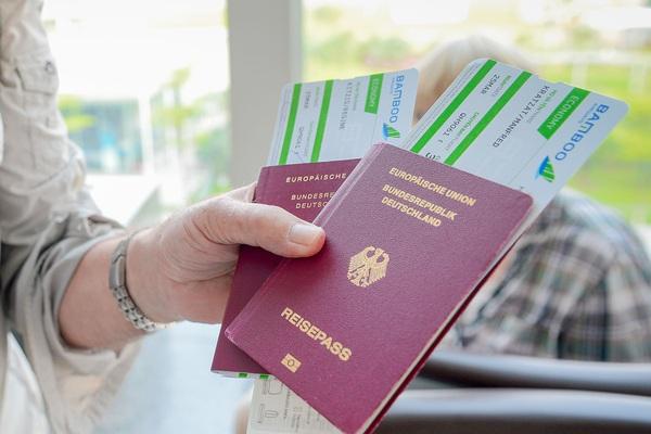 """Tổng cục Du lịch """"xin"""" 400 vé máy bay miễn phí: Hãng hàng không có được từ chối?"""